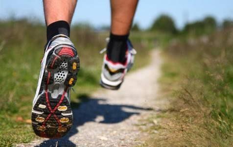 برای جوان ماندن صورت این ورزش های ساده را انجام دهید