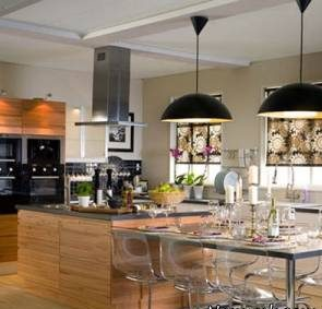 آشپزخانه شیک و دلباز