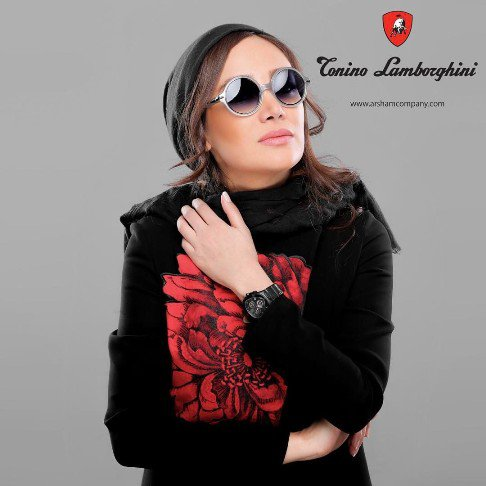 عکس جذاب تبلیغاتی بهاره افشاری برای عینک لامبورگینی