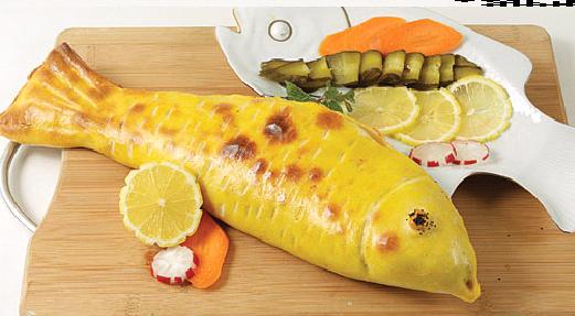 ماهی شکم پر با روکش خمیر
