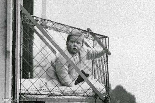 کودکان در قفس