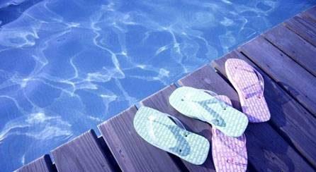 قبل از رفتن به استخر شنا این 8 نکته مهم را بخوانید