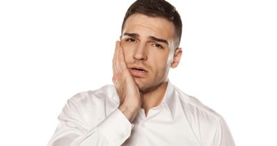 روش کم کردن درد دندان با نسخه های طب سنتی