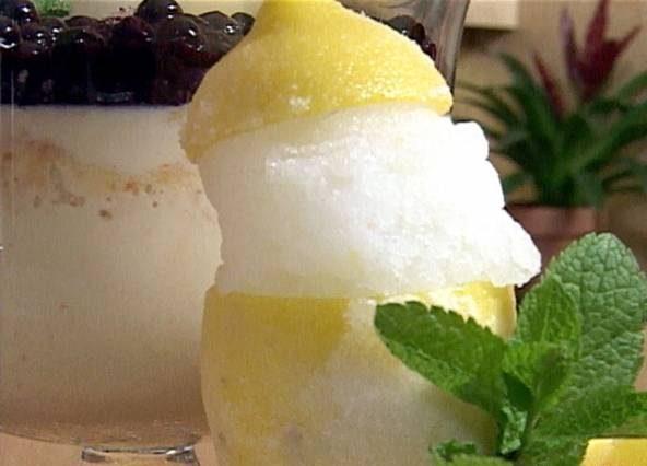 طرز تهیه بستنی یخی با طعم لیمو