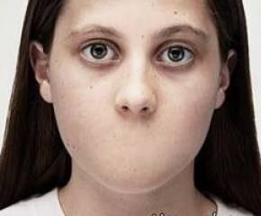 مادر بی رحم دختر رابه مرد شیطان صفت برای رابطه جنسی اجاره داد