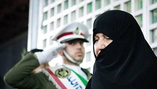 صاحبه روحانی همسر حسن روحانی