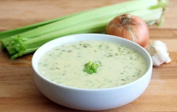 طرز تهیه سوپ کرفس خوشمزه و خوش رنگ