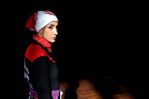معرفی فرناز دختر ایرانی که به دختر عنکبوتی معروف است