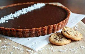 طرز تهیه تارت شکلات نارگیل بیسار خوش طعم برای عصرانه