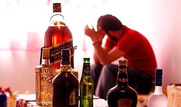 این 7 سرطان خطرناک با الکل می آیند! 1