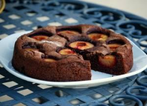 Photo of طرز تهیه کیک آلو سیاه با مزه طبیعی و عالی