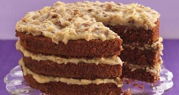 Photo of طرز تهیه کیک شکلاتی آلمانی با لایه های کاراملی گردو و نارگیل