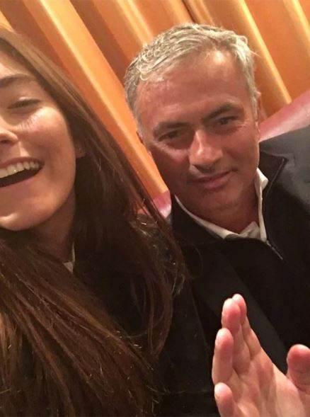 رابطه سرمربی مشهور فوتبال جنجالی شد! + عکس دختر سرمربی