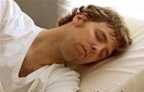 دلیل ریختن آب دهان هنگام خواب چیست؟