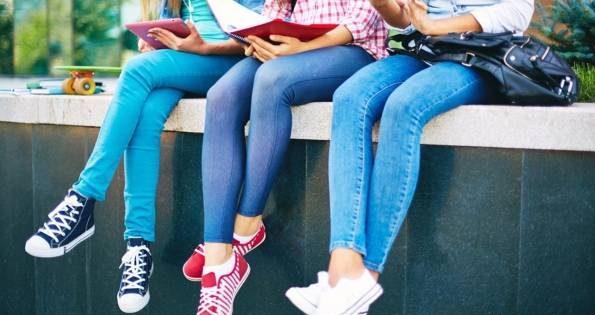 پوشیدن لباس های تنگ چه مشکلاتی برای سلامت ایجاد می کند؟