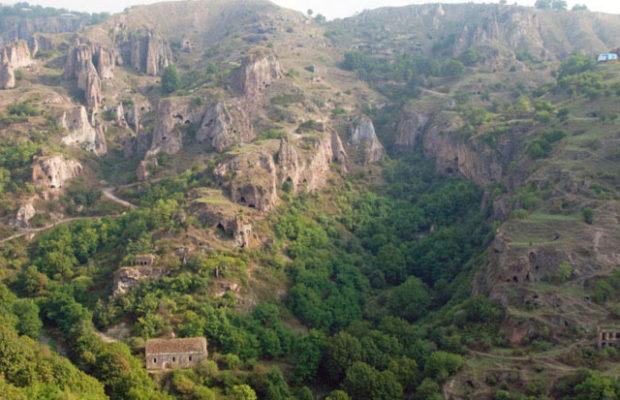 شهر غار خندزورسک (Khndzoresk)
