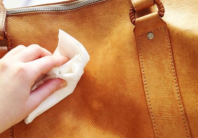 نحوه از بین بردن خراش و زدگی روی چرم، شیشه، فلز، چوب و پلاستیک