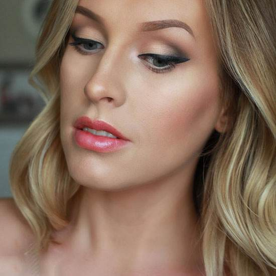 جذاب ترین مدل های آرایش چهره برای صورت های کشیده