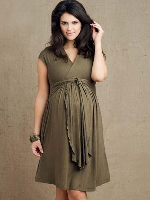انتخاب بهترین مدل لباس بارداری مطابق مد روز