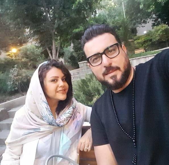 محسن کیاییو همسرش