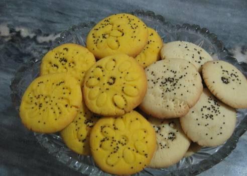 طرز تهیه شیرینی برنجی با مایکروویو شیرینی سنتی خوشمزه