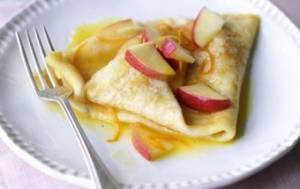 طرز تهیه کرپ سیب با سس عسلی
