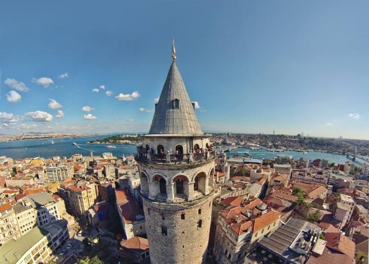 گالاتا و کاراکوی استانبول ترکیه