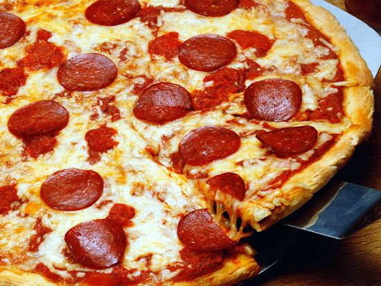طرز تهیه پیتزا فلفلی آتسا