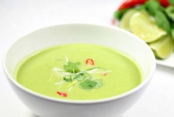 سوپ نخود و میگوی سرد