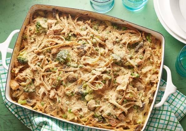 طرز تهیه کاسرول تن ماهی و سبزیجات