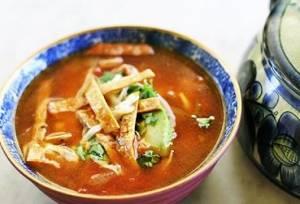 Photo of طرز تهیه سوپ تورتیلا غذای خوشمزه مکزیکی