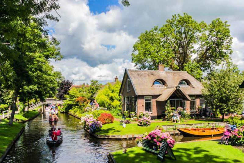 گیتورن در شمال هلند (Giethoorn, the Netherlands)