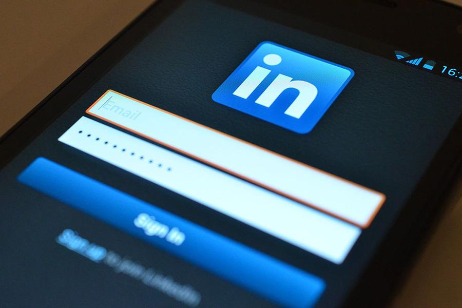 لینکدین معرفی شبکه اجتماعی قوی و حرفه ای LinkedIn
