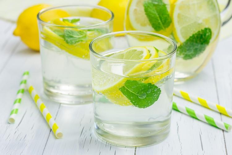 آب و لیمو برای کاهش وزن