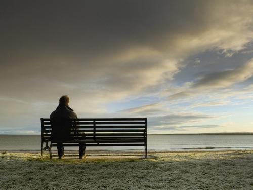 تنهایی زن و مرد