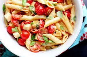 گوجه فرنگی و موزارلا