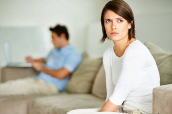 شاد نبودن همسر, دلیل غمگین بودن همسر