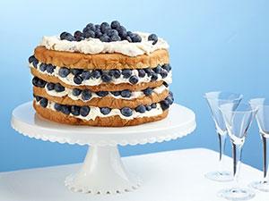 کیک لایه ای لیمو با کرم مخصوص و بلوبری