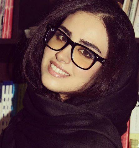 Photo of عکس مراسم عروسی هانیه غلامی بازیگر و بوسه عاشقانه هانیه غلامی و داماد