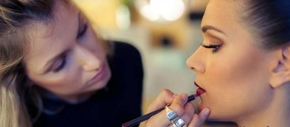 نکات ریز و درشت در آرایش زنانه ویژه خانمهای آرایشگر