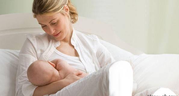 عصبی شدن نوزاد هنگام شیر دادن