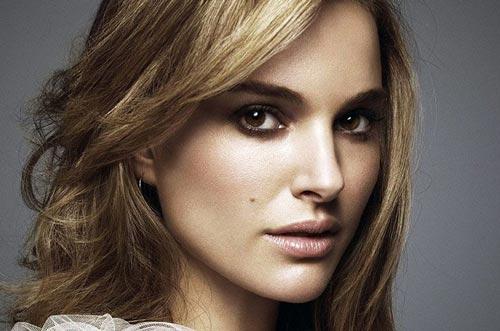 آزار جنسی بازیگر زیبای زن