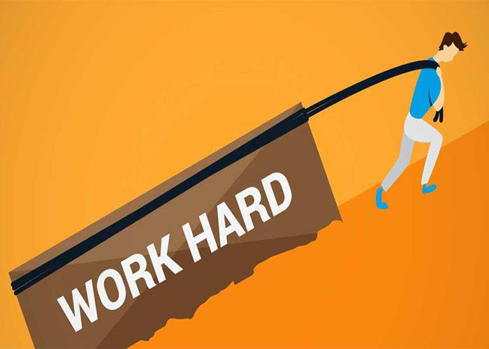 موفقیت با سخت کار کردن