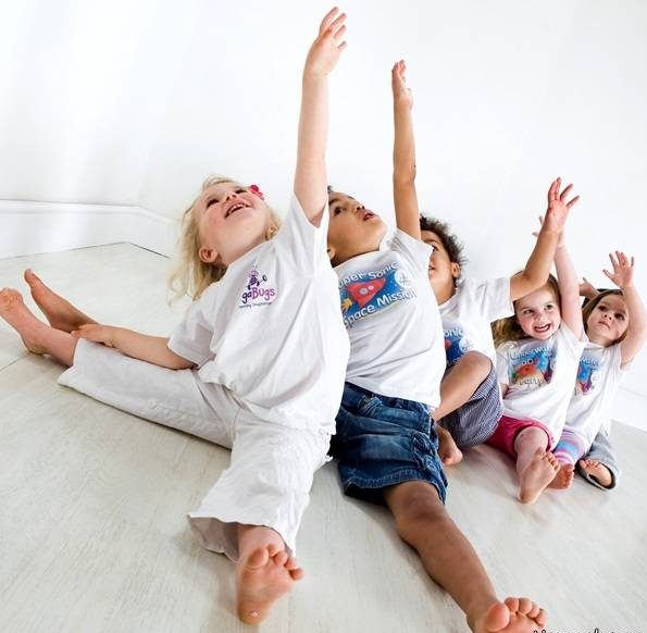 تمرین ورزشی نوزاد