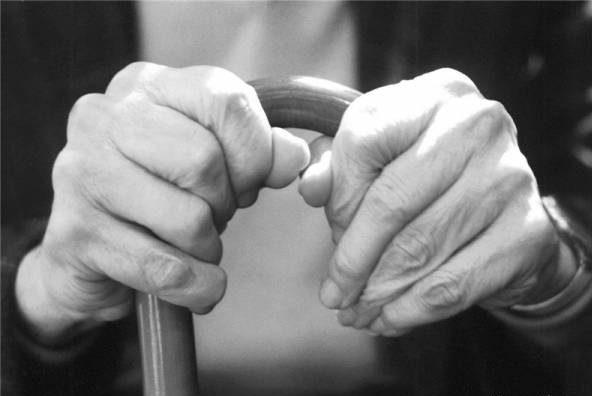 چگونه با رفتارهای بد و ناهنجار سالمندان برخورد کنیم؟