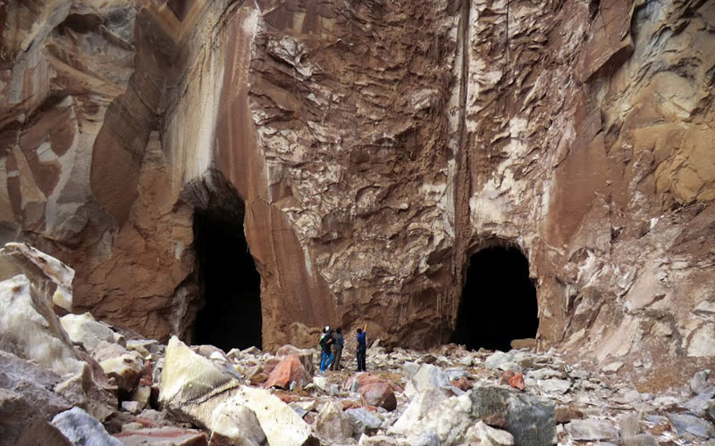تونل نمکی گرمسار