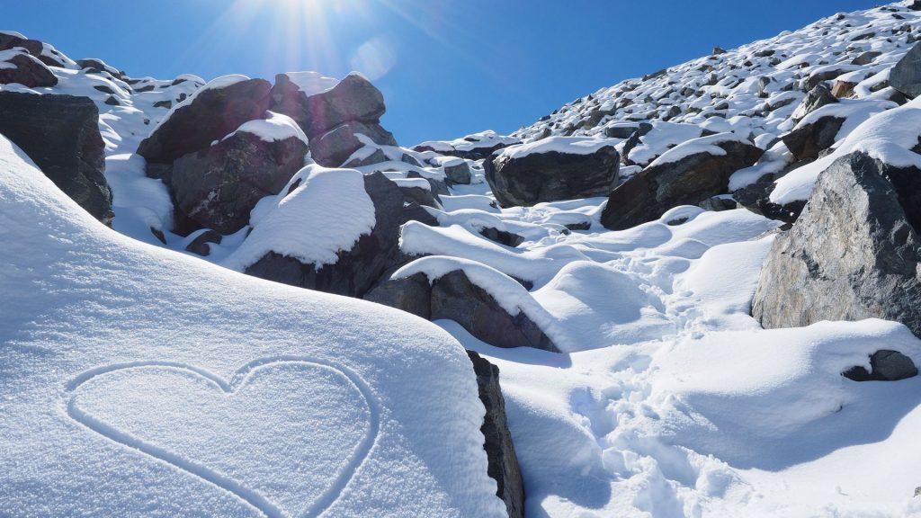 عکس پروفایل زمستان برفی