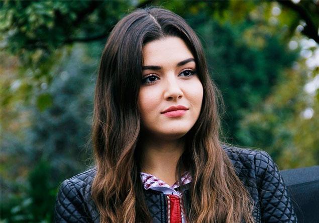 Photo of عکس های بازیگران سریال دختران آفتاب و خلاصه داستان این سریال
