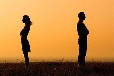 از بین رفتن اعتماد نتیجه خیانت همسران