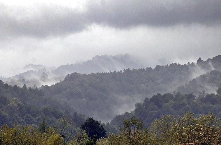 نگاهی به آبشار ویسادار یکی از جاذبه های گردشگری در گیلان